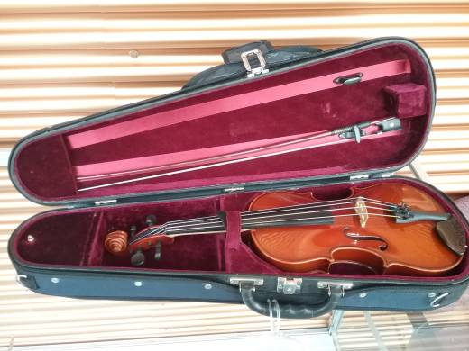 VIOLIN OUTFIT 1/2 SIZE SCHROETTER